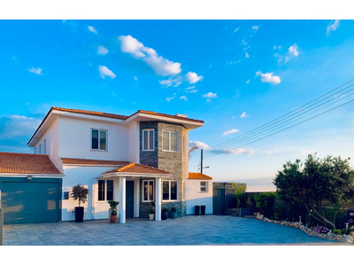 4 Bedroom Detached Beachfront Villa in Larnaca